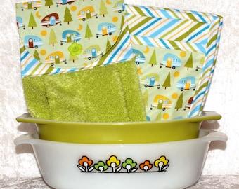 3 Piece Kitchen Set • Hanging Hand Towel • 2 Pocket Potholders • Camping Decor • Teardrop Trailer • Pod • Glamping • Green • Kitchen Gifts