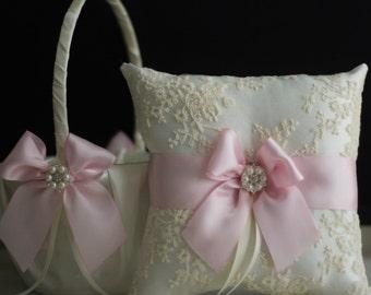Pink Flower Girl Basket + Blush Ring Bearer Pillow \ Pink Wedding Basket + Blush pink Wedding Ring Pillow \ Blush wedding Pillow basket set