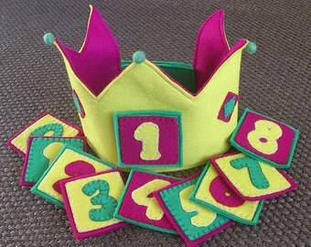 Crown of felt for birthday or show