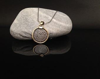 phaistos disc charm, golden silver 925 phaistos charm, phaistos disc greek jewelry collection, bijoux grec pendentifs, birthday jewel gift