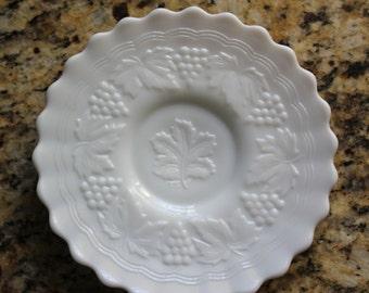 Milk Glass+Grape&Grape Leaf Pattern+Vintage+Imperial Glass+Plate