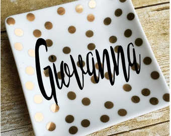 Personalized gift / Monogram ring dish / Engagement gift / Wedding gift / Bridesmaid gift / Jewelry dish / Jewelry holder / Ring holder