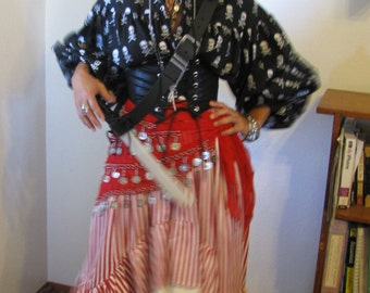 Pirate wench halloween costume-includes 4 pieces with accessories