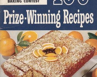 100 Prize-Winning Recipes Pillsbury 2nd Grand National Contest 1951 Book