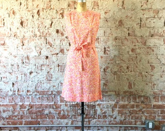 Floral Paisley Print Shift Dress 1960s Vintage Pink Orange Sleeveless Mod Summer Day Dress M/L