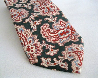Vintage green tie silk Paisley House of Amherst Mens Office Suit Attire Red Blue MC mens fashion office attire gifts for him under