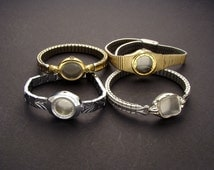 4 Wrist Watch Bands or Bracelets Without Movements in Silver or Gold Tone Metal, Wristwatch Parts Lot for Jewelry Art & Craft Supplies 03837