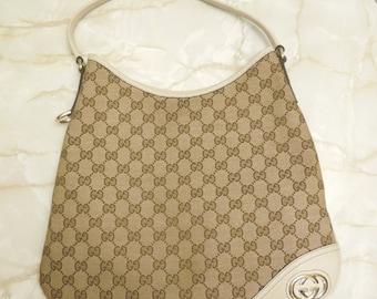 "Vintage ""Gucci"" Monogram New Britt Medium Hobo Bag White"