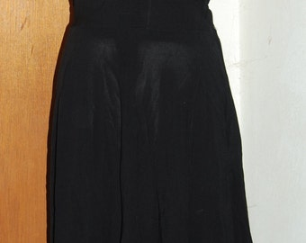 1930's Lenore Zapoleon Inc special occasion beaded collar LBD. Great condition.