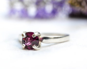 Natural Rhodolite Garnet Ring in 925 Sterling Silver *Free Worldwide Shipping*