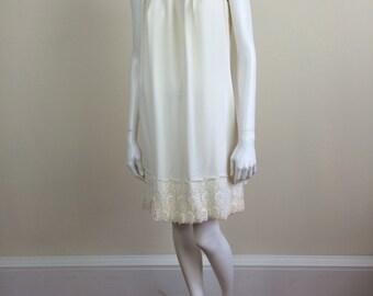 ivory white chiffon mod minidress w/ chiffon cape & lace trim bridal 60s