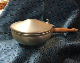 International Silver Co Pewter Silent Butler, 277 28, Hinged lid, Wood Handle, Pewter Silent Butler, USA, Bed Warmer, Candy or Nut Holder