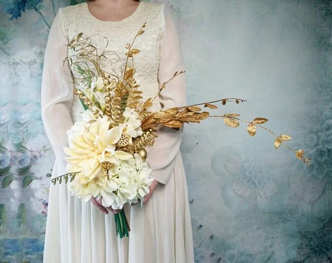 Original asymmetrical silk flowers bouquet peony hydrangea calla lily dahlia freesia gold vintage Gatsby wedding cream rich