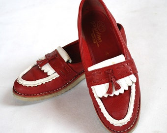 80s Red LEATHER Oxford Frill KILTIE Shoes/Red and White Leather Vintage Tassel Loafers/Saddle Shoes With Kiltie/Hipster Preppy Dexter Shoes