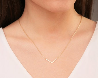 V shaped necklace, V necklace, Chevron Necklace, Gold Arrow Necklace, Dainty Gold Necklace, Bridesmaid Jewelry, Mothers Necklace