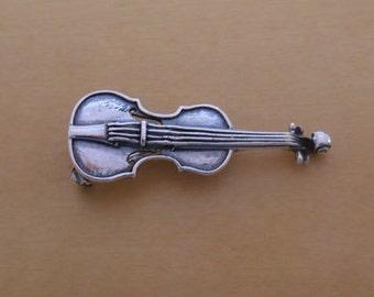 925 Solid Sterling Silver VIOLIN Music Brooch 40 mm by 15 mm