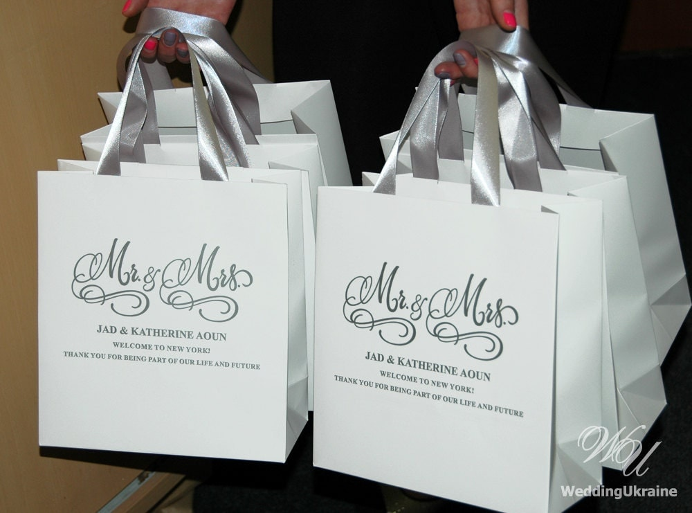 Welcome Wedding Gift Bags: Silver Mr And Mrs Wedding Welcome Bags With Satin Ribbon And