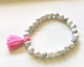 White HowliteBead Bracelet, Howlite Bracelet, White Bead Bracelet, Stretch Bracelet, Tassel Bracelet