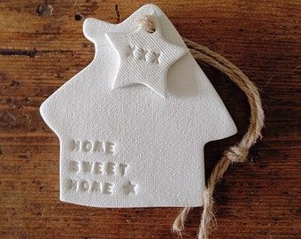 Home sweet home with star stamp : clay house ornament & personalised tag ~ custom gift for a new house ~ housewarming gift ~ Mother's Day
