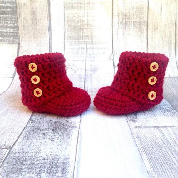 Unisex ugg booties crocheted boots gender neutral booties photo prop baby shower newborn 0-3 3-6 stone red boots baby shoes gift present