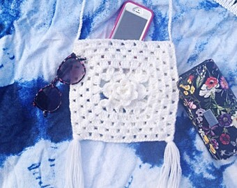 White Floral Boho Crochet Granny Square Crossbody Bag, Crochet Handbag, Granny Square Hobo Wool Tote Bag, Market Bag - READY TO SHIP!