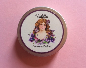 Violette Solid Perfume. 15 ml. Floral notes