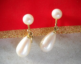 Faux Pearls Tear Drop Dangle Earrings Pearl Stud Clips