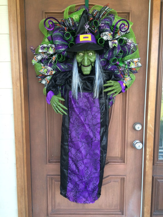 Reserved for Dana Halloween Witch Wreath Animated Talking ~ 035658_Halloween Animated Door