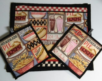 Retro Diner Placemat and Pot Holder Set