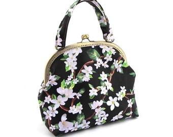 Handmade Sewing lady handbag/Floral PU purse/25cm metal frame handbag/Size:28*23*10CM
