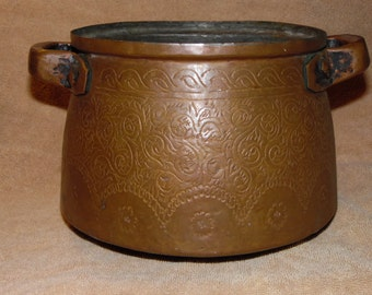 Copper Cauldron 1700s Antique  **CHRISTMAS Sale price 55.00 dollars off**