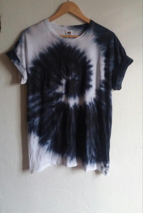 The Black Snake Tie Dye Shirt black fashion indie grunge
