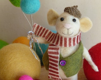 Needle felting kit - felting tutorial - Monty the celebration mouse :) - felting kit - needle felted mouse - felted mouse - felted balls