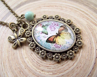 Vintage necklace Butterfly Butterfly mint 25x18mm glass cabochon
