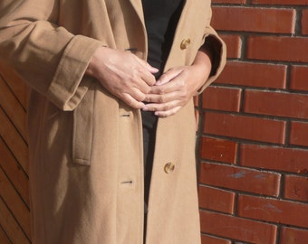 Rare Burberrys 100% Cashmere vintage Camel  Womens  Long Coat Jacket made in England Size EU 42/44