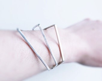 Sculptural geometrical bracelet. Sterling silver. Architectural.