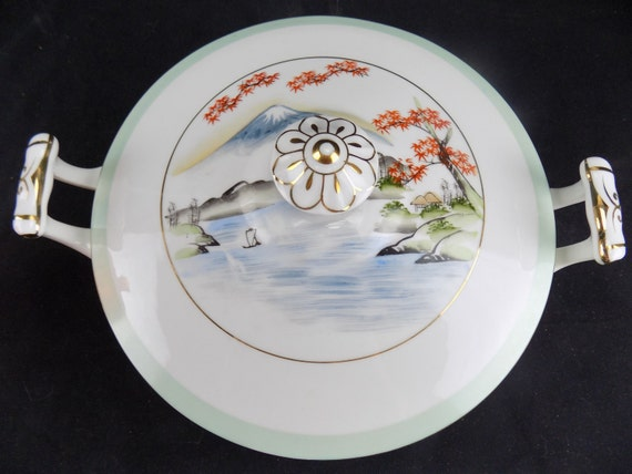 Kutani Fine China Soup Tureen Mt Fuji Countryside Gold Trim Handpainted Porcelain