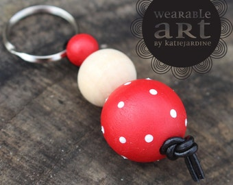 Dorathy - keyring - Hand painted beads - red and white spots