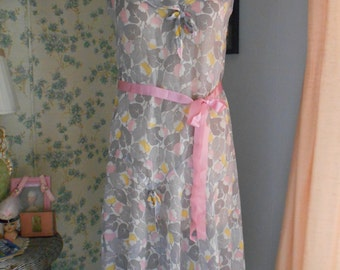 Pretty 1920's Flapper/Downton Abbey Gray/Pink/Yellow Cotton Dress with Dropwaist