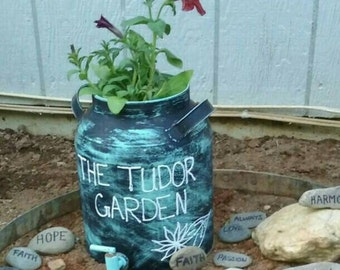 Outdoor Décore; hand painted garden art made as ordered