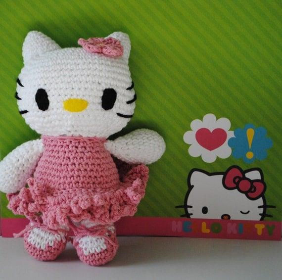 Crochet Pattern Minnie Mouse Doll : Hello Kitty Doll crochet Hello Kitty amigurumi Hello Kitty
