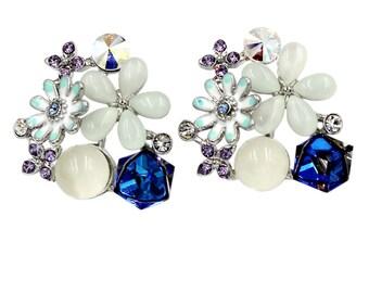 Beautiful crystal flower earrings