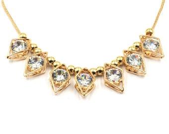 Noble metal rhombus crystal necklace