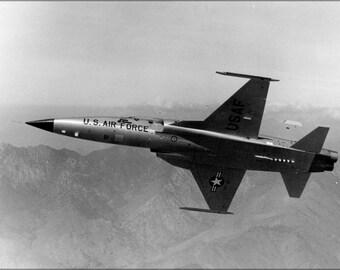 24x36 Poster . Northrop Corporation F-5 E Tiger Ii 1973