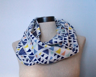 Triangle Voile Circle Scarf