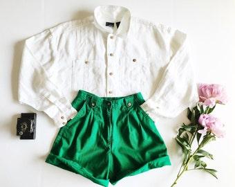 high waisted shorts / green shorts / vintage shorts / 90's shorts / pleated shorts / long shorts / cotton twill shorts / XS shorts