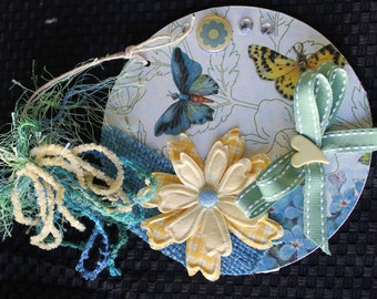 Butterfly   Altered CD - Wall Decor / Magnet