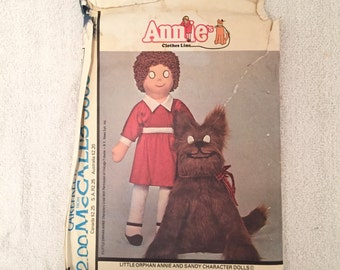 Vintage McCall's Little Orphan Annie And Sandy Doll Pattern