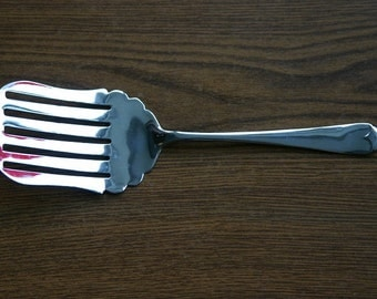 Cake/Fish Serving Fork/Slice in Stainless Steel & Chromium Plate