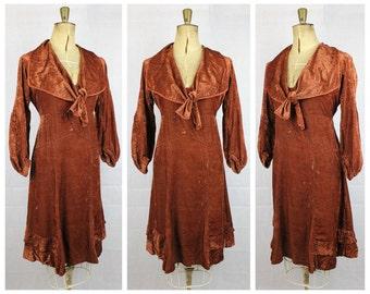 Vintage 1920's velvet flapper day dress Original 1920's Brick Brown Silk Velvet Day Dress true vtg 20's deco